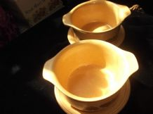 2 X RETRO RICH BEIGE TAB SOUP BOWLS & MATCHING SAUCERS BROWN FLORAL DESIGN